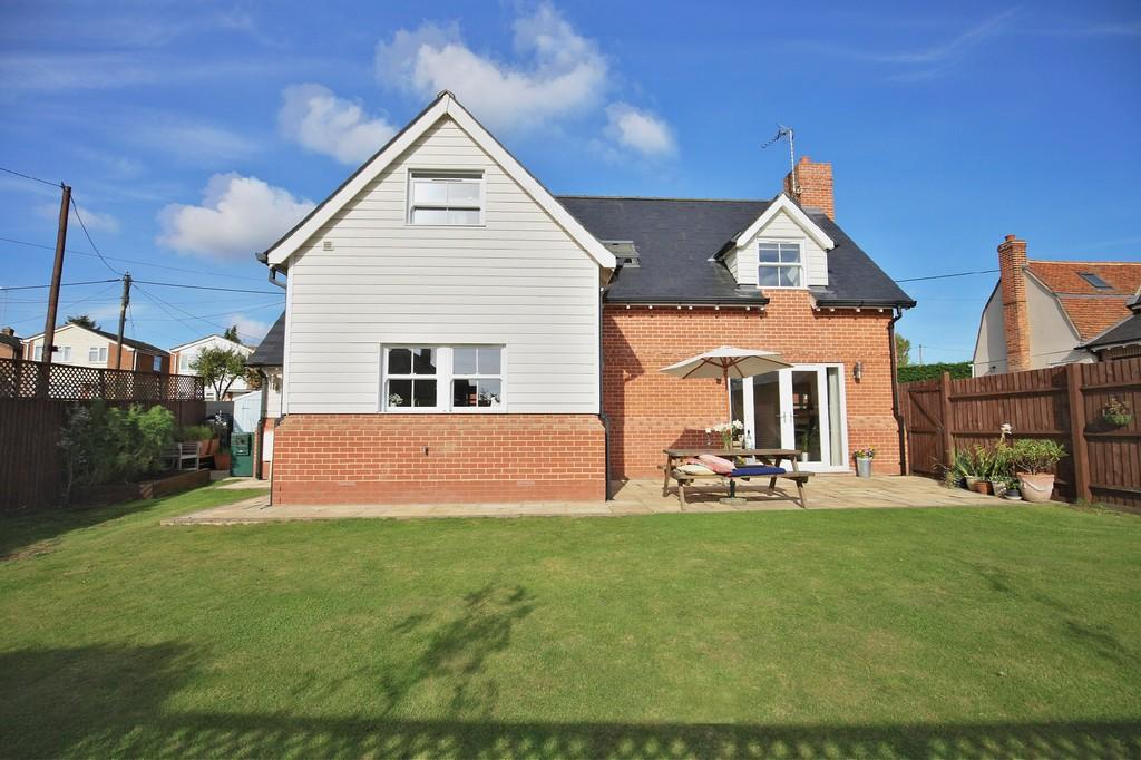 4 Bedrooms Detached House for sale in Chapel Road, Great Totham, CM9 8DA