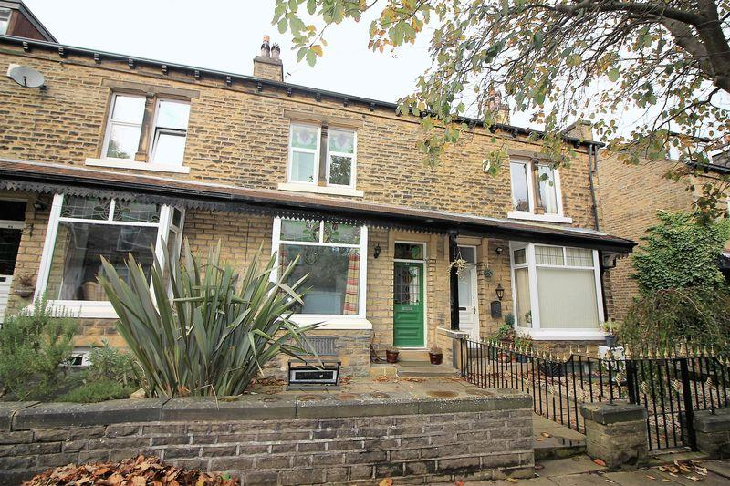 3 Bedrooms Terraced House for sale in St Annes Road, Skircoat Green, Halifax