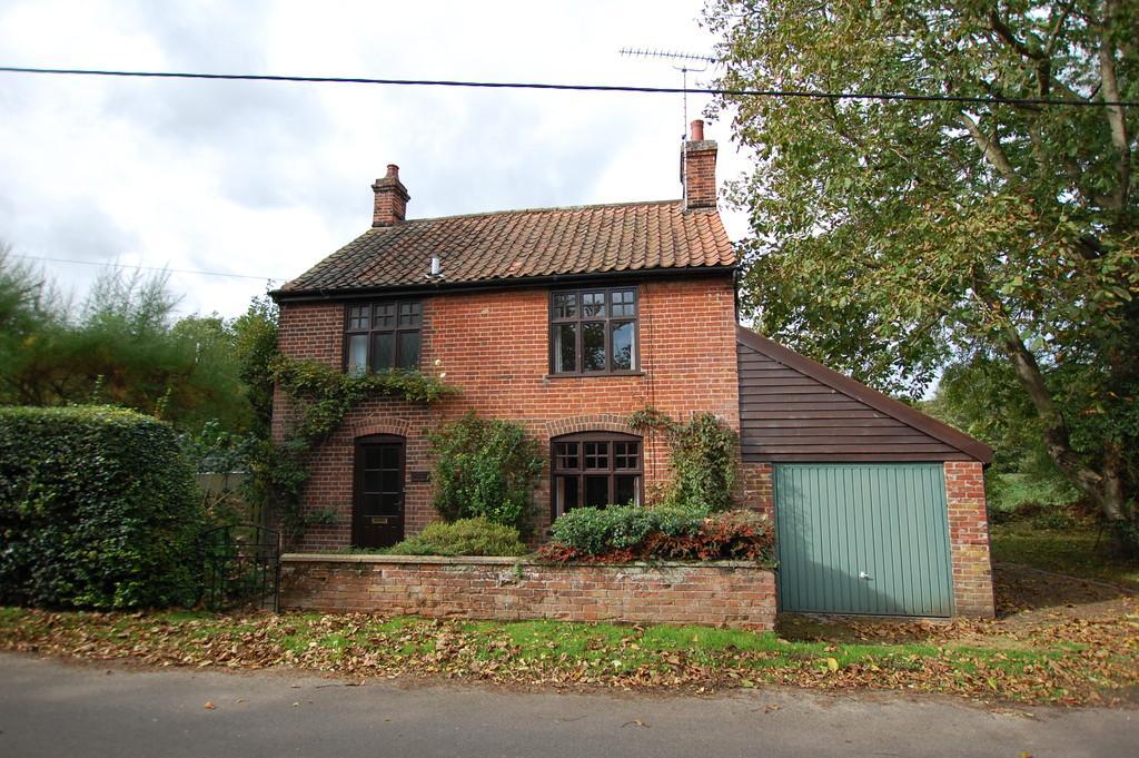 3 Bedrooms Cottage House for sale in Drabblegate, Aylsham