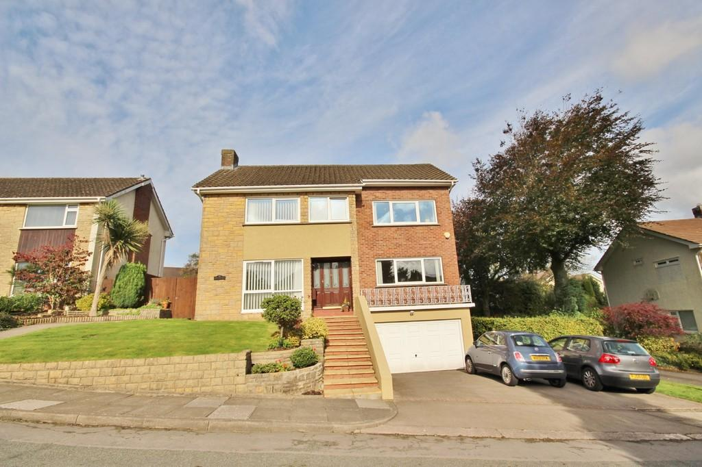 4 Bedrooms Detached House for sale in Windsor Avenue, Radyr, Cardiff