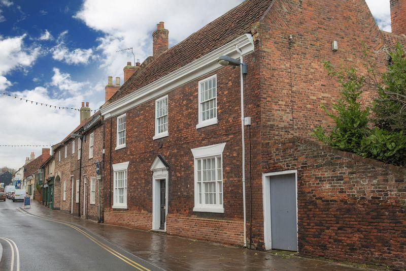 4 Bedrooms House for sale in Fleetgate, Barton-Upon-Humber, DN18
