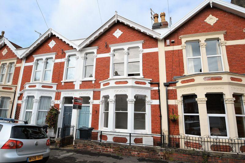 2 Bedrooms Terraced House for sale in Desirable residential location close to Clifton Downs