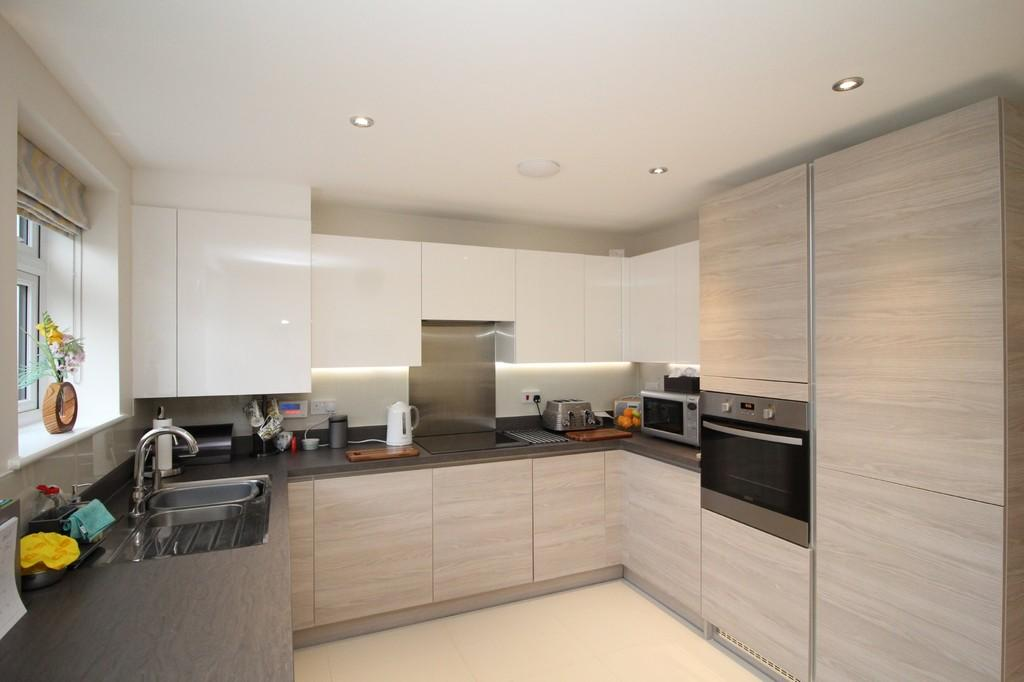 3 Bedrooms Terraced House for sale in Stabler Way, Poole