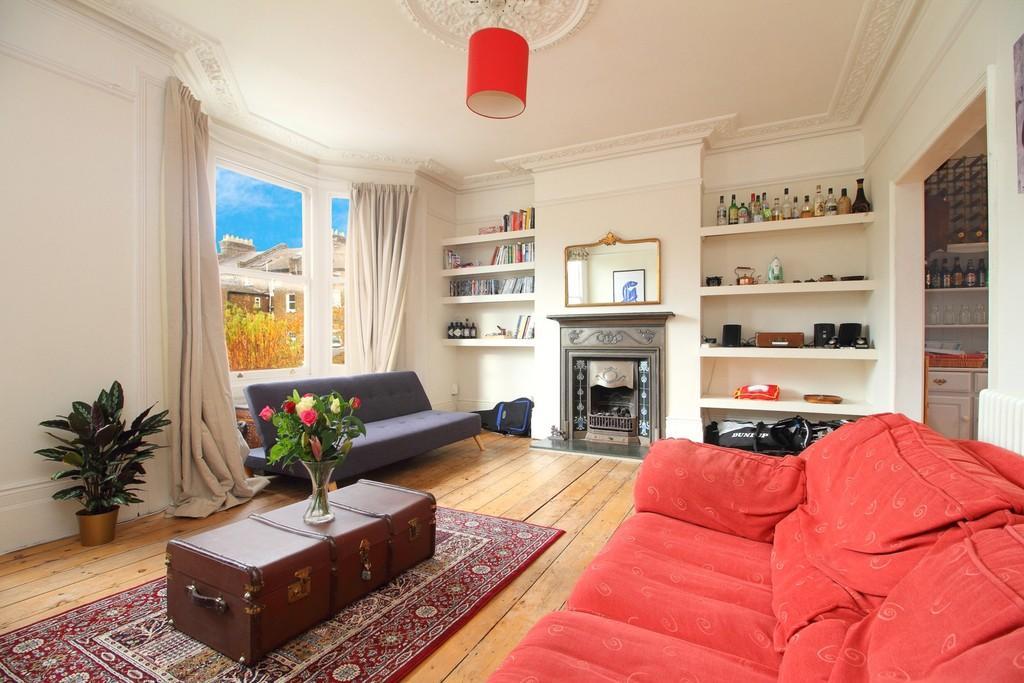 3 Bedrooms Apartment Flat for sale in Lorne Road Finsbury Park N4 3RU