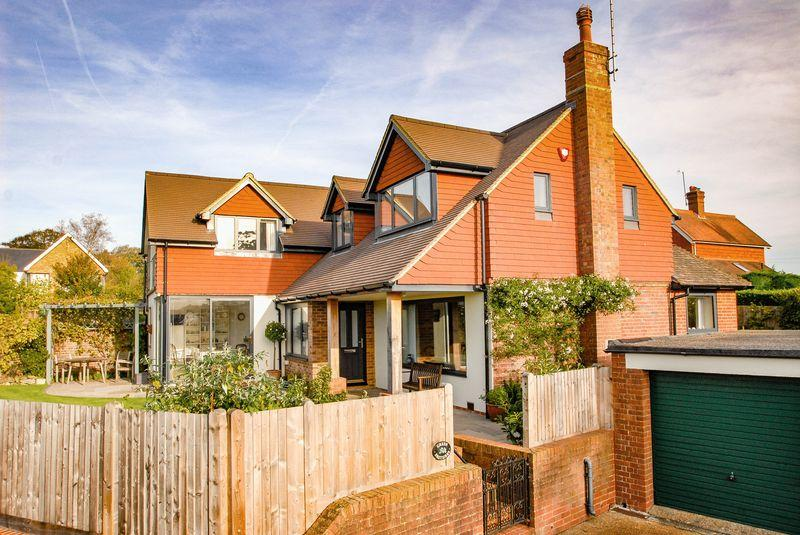 4 Bedrooms Detached House for sale in Tott Lane, Hurstpierpoint