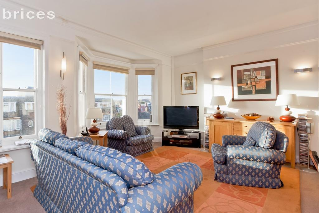 2 Bedrooms Flat for sale in Holland Road, Hove, BN3