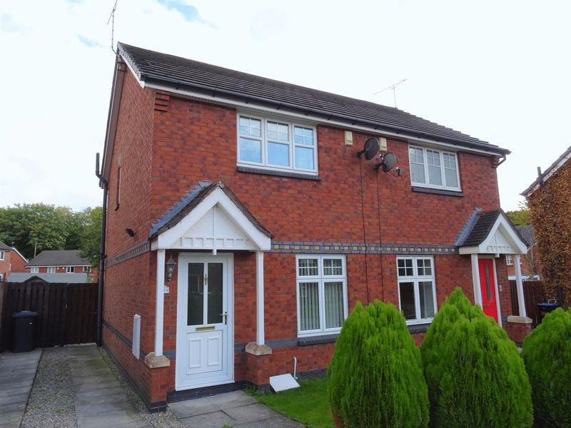 2 Bedrooms Semi Detached House for sale in Oldwood, Wrexham