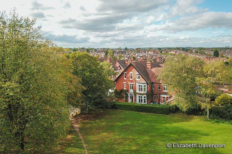 6 Bedrooms Semi Detached House for sale in Spencer Avenue, Earlsdon