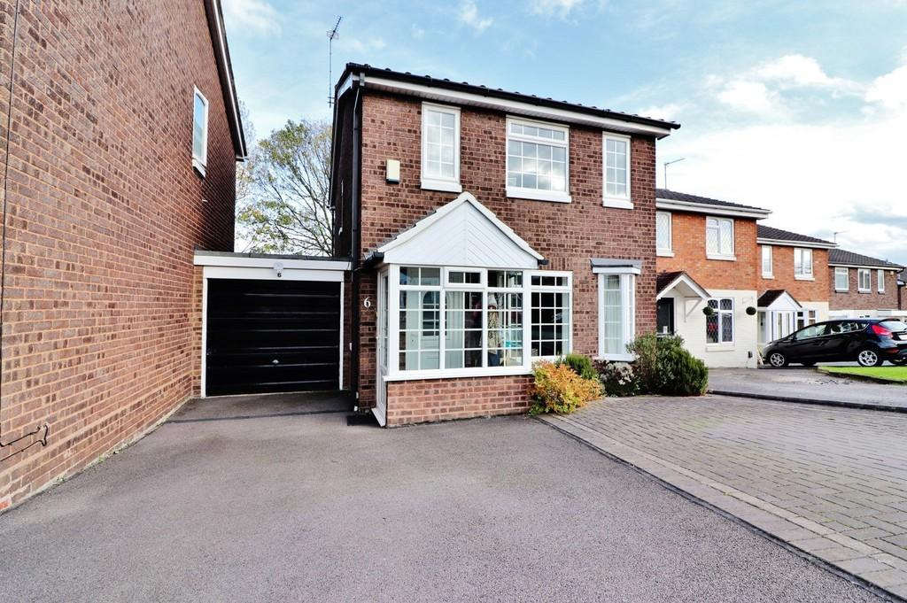 3 Bedrooms Link Detached House for sale in Bream, Dosthill