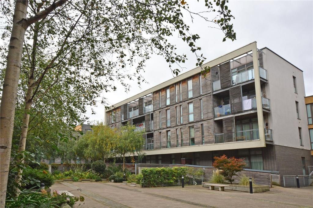 2 Bedrooms Flat for sale in Union Park, Greenwich, London, SE10
