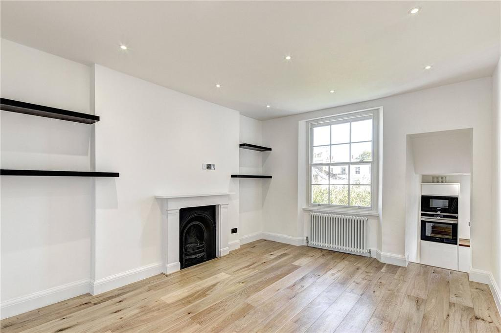 2 Bedrooms House for sale in Kensington Church Street, London, W8
