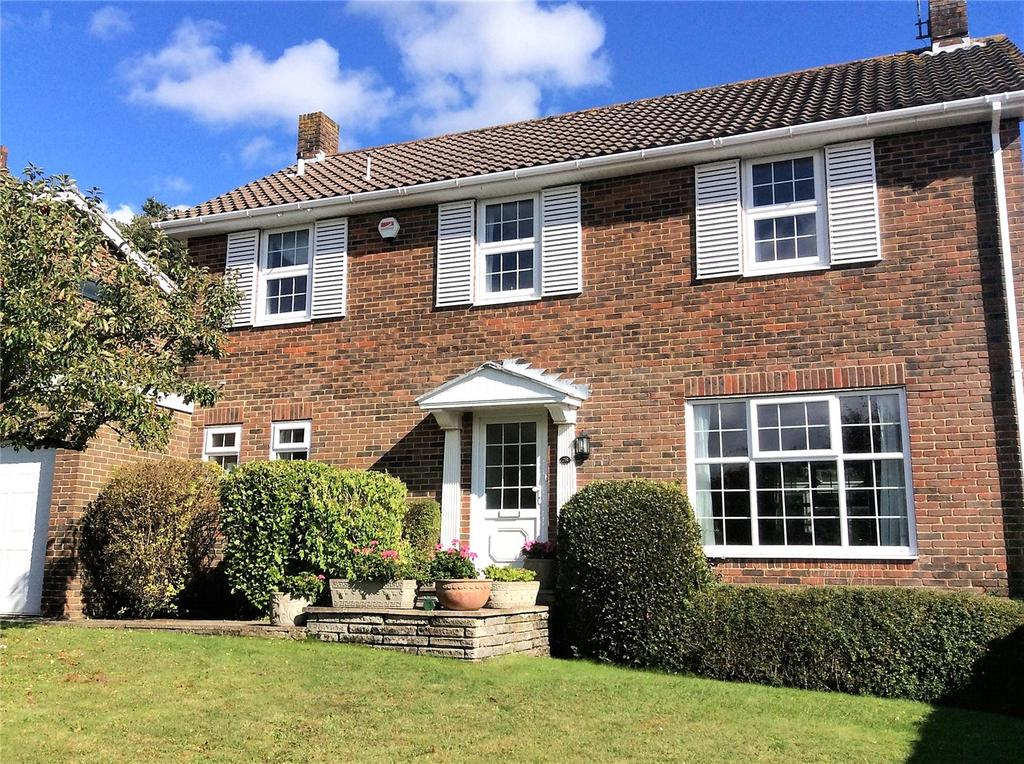 4 Bedrooms Detached House for sale in Longlands, Worthing, West Sussex, BN14