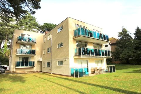 2 bedroom flat for sale - Banks Road, Sandbanks, Poole, Dorset, BH13