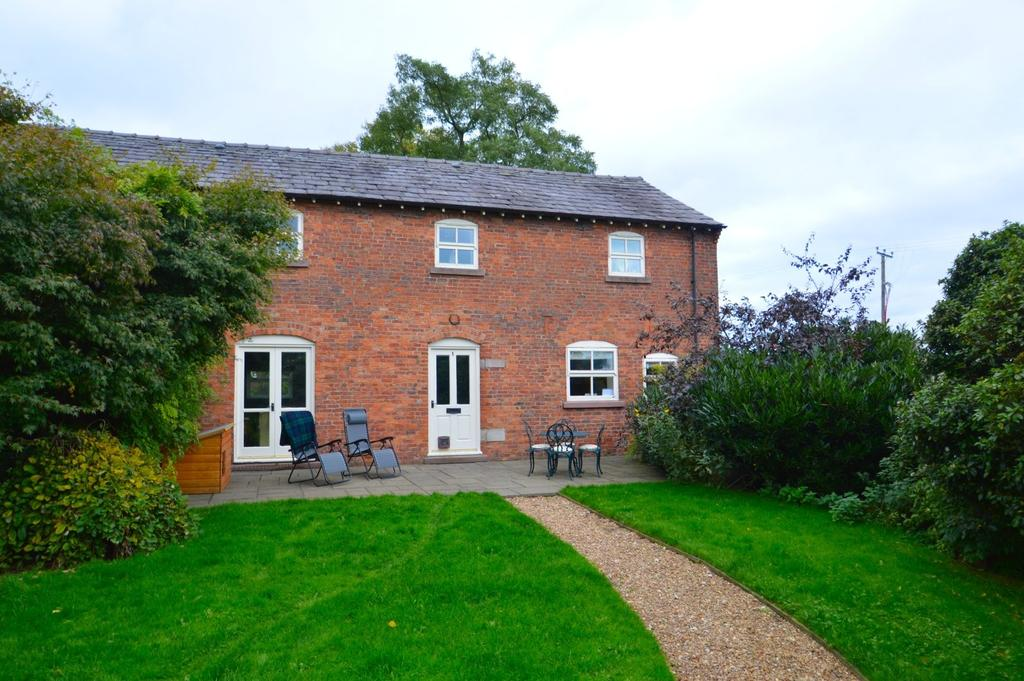 3 Bedrooms Barn Conversion Character Property for sale in Brook View, London Road, Allostock, Knutsford