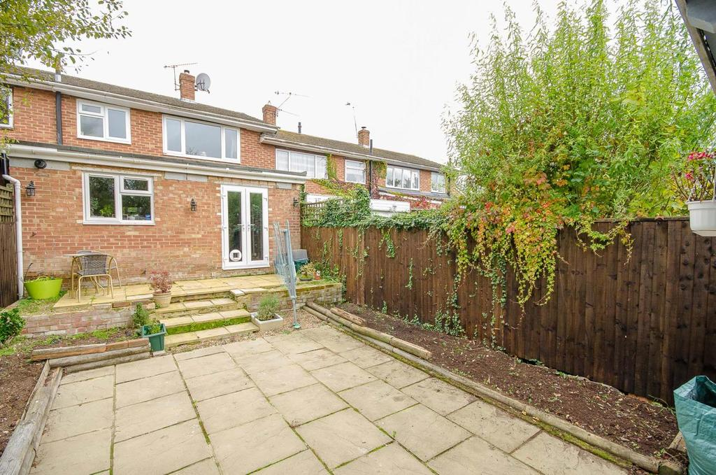 3 Bedrooms Terraced House for sale in Downs Road, Maidstone, Kent