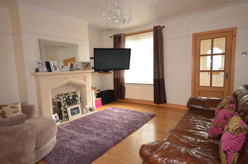 3 Bedrooms Semi Detached House for sale in School Lane, Chapel House, Skelmersdale