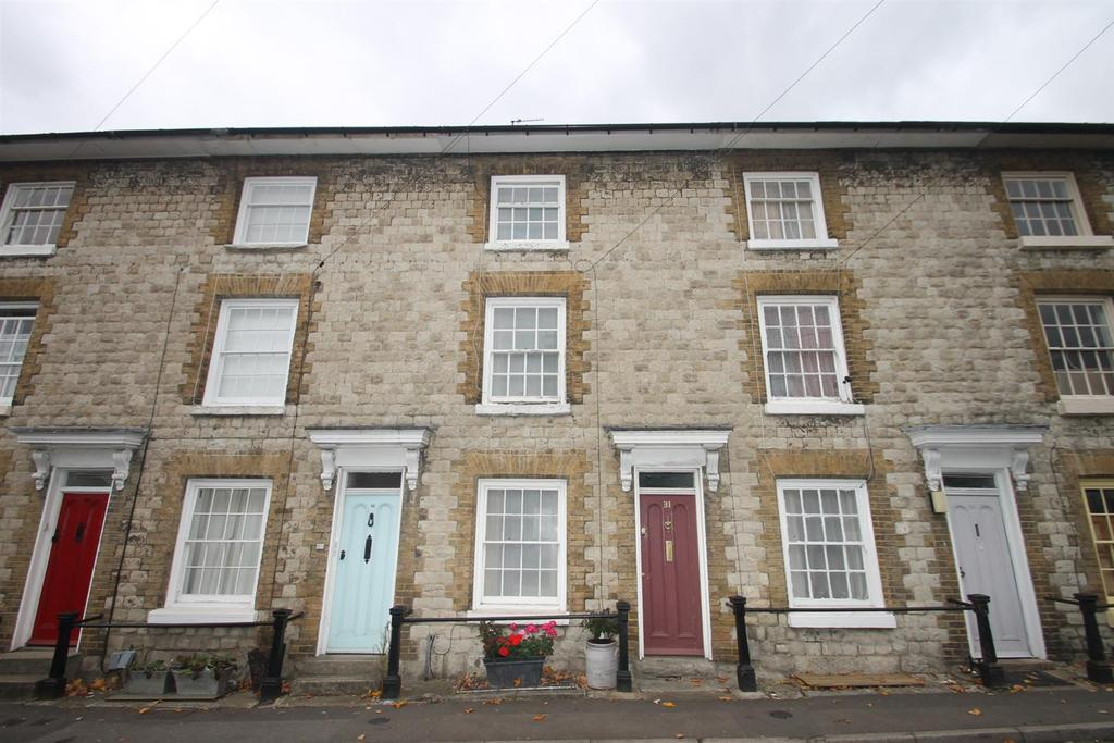 3 Bedrooms Town House for sale in Wyatt Street, Maidstone