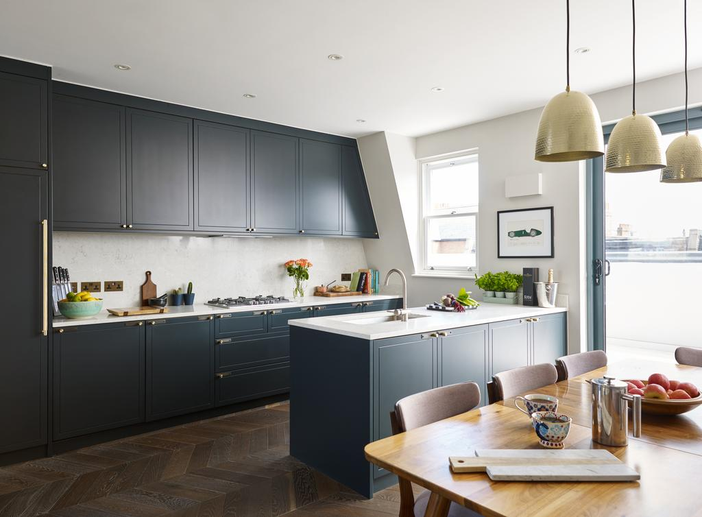 2 Bedrooms Flat for sale in Fulham Road, SW6