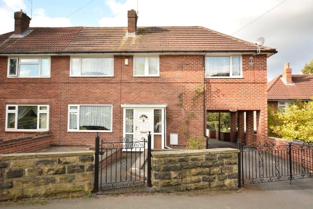 3 Bedrooms Semi Detached House for sale in Woodbridge Crescent, Leeds