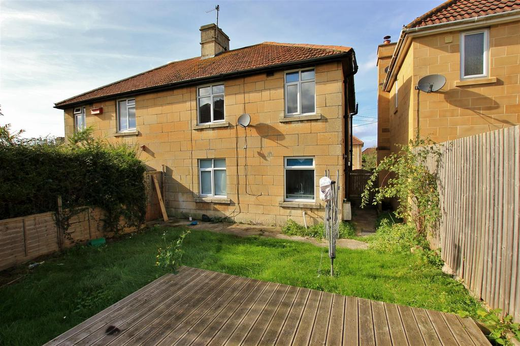 3 Bedrooms Semi Detached House for sale in Kingston Avenue, Bradford-On-Avon