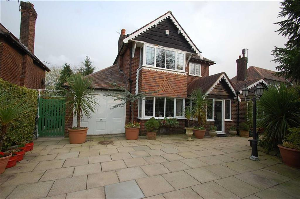 4 Bedrooms Detached House for sale in Thornway, Bramhall, Cheshire