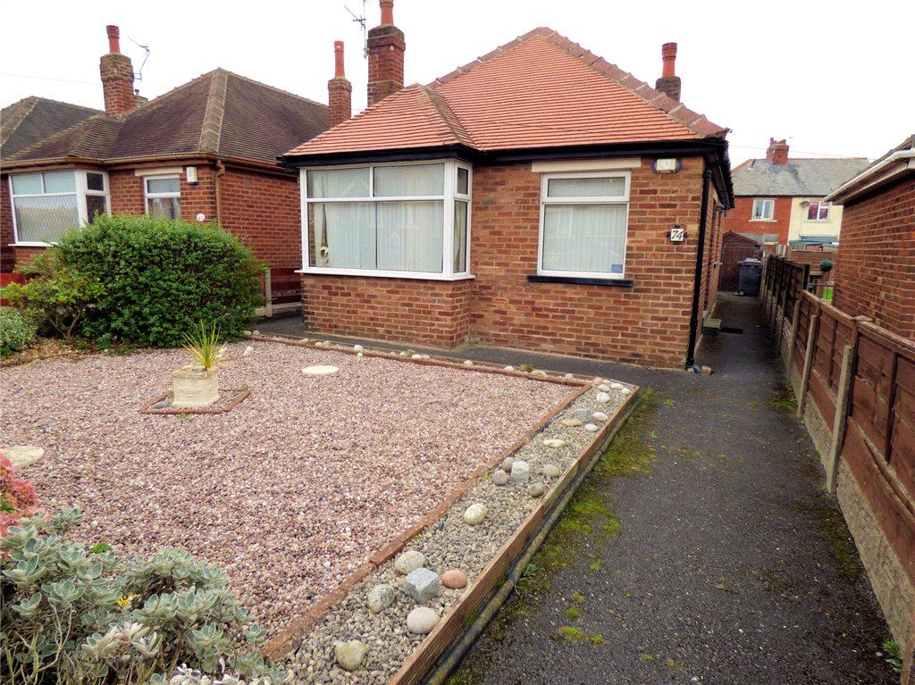 2 Bedrooms Detached Bungalow for sale in Sunny Bank Avenue, Bispham, Blackpool