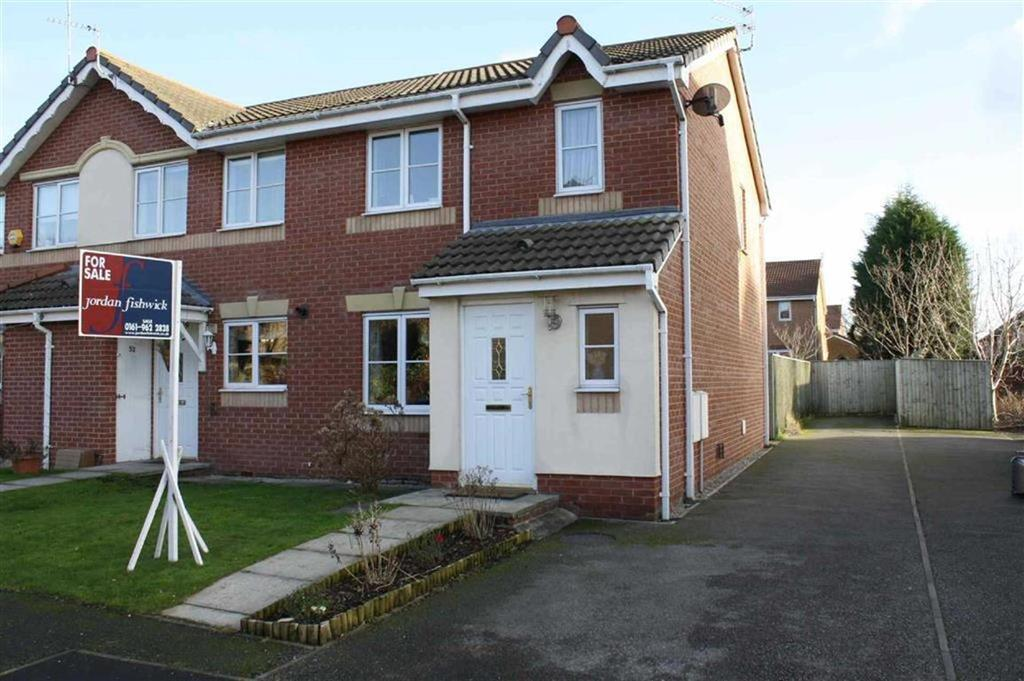 3 Bedrooms Semi Detached House for sale in Hampden Road, Sale