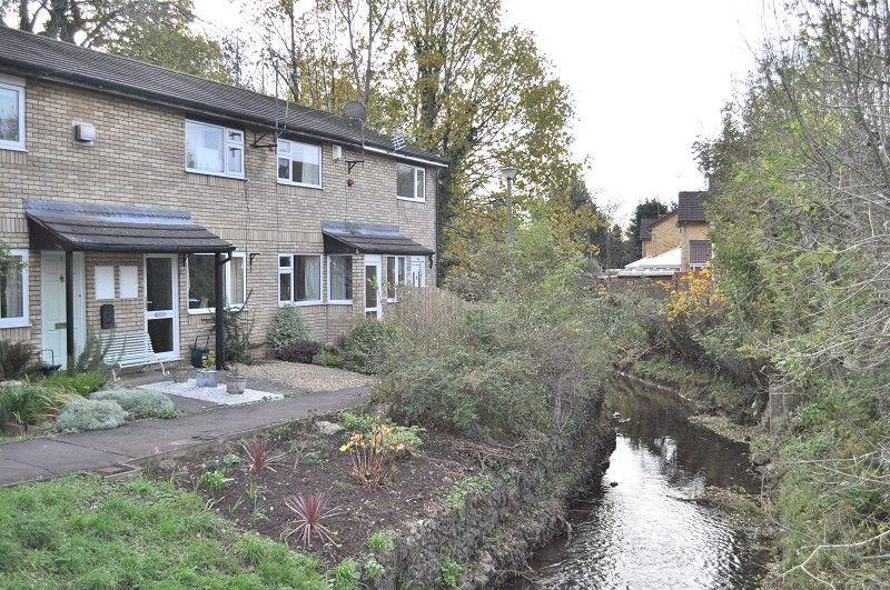 2 Bedrooms End Of Terrace House for sale in St Pauls Close, Dinas Powys, The Vale Of Glamorgan. CF64