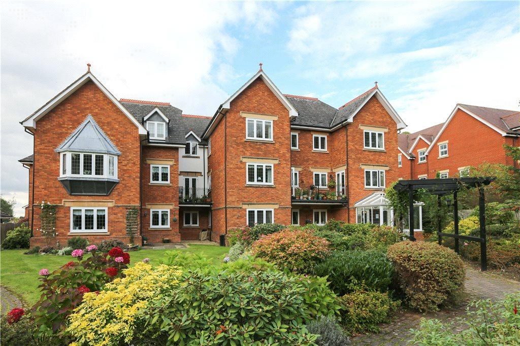 2 Bedrooms Apartment Flat for sale in Westminster Court, 3 College Road, Bromsgrove, B60