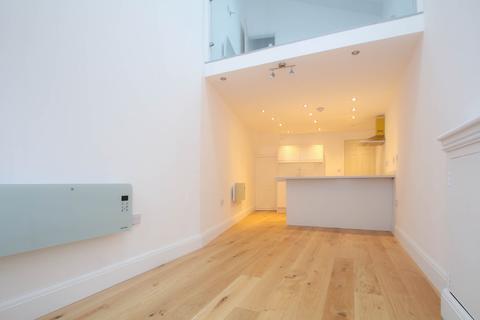 1 bedroom apartment to rent - Gladstone Road, Urmston, Manchester, M41