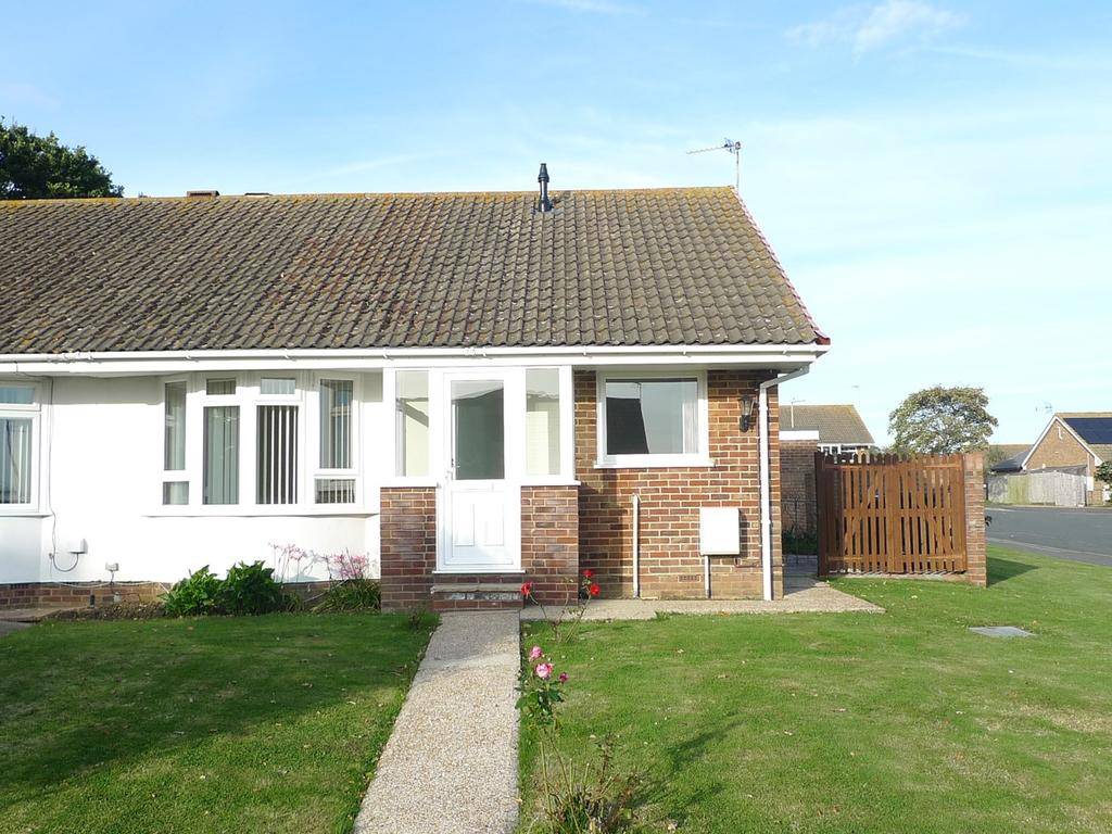 2 Bedrooms Semi Detached Bungalow for sale in Woodpecker Road, Eastbourne, BN23