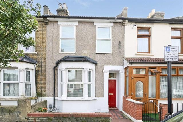 3 Bedrooms Terraced House for sale in Trevelyan Road, Stratford