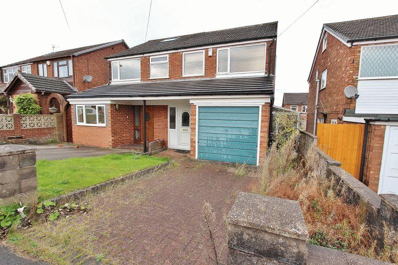2 Bedrooms Semi Detached House for sale in Foxyards Road, Tipton