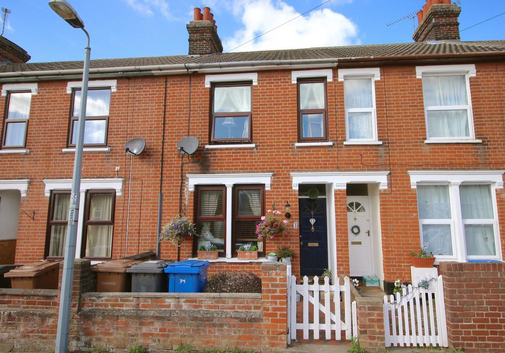 3 Bedrooms Terraced House for sale in Hill House Road, Ipswich