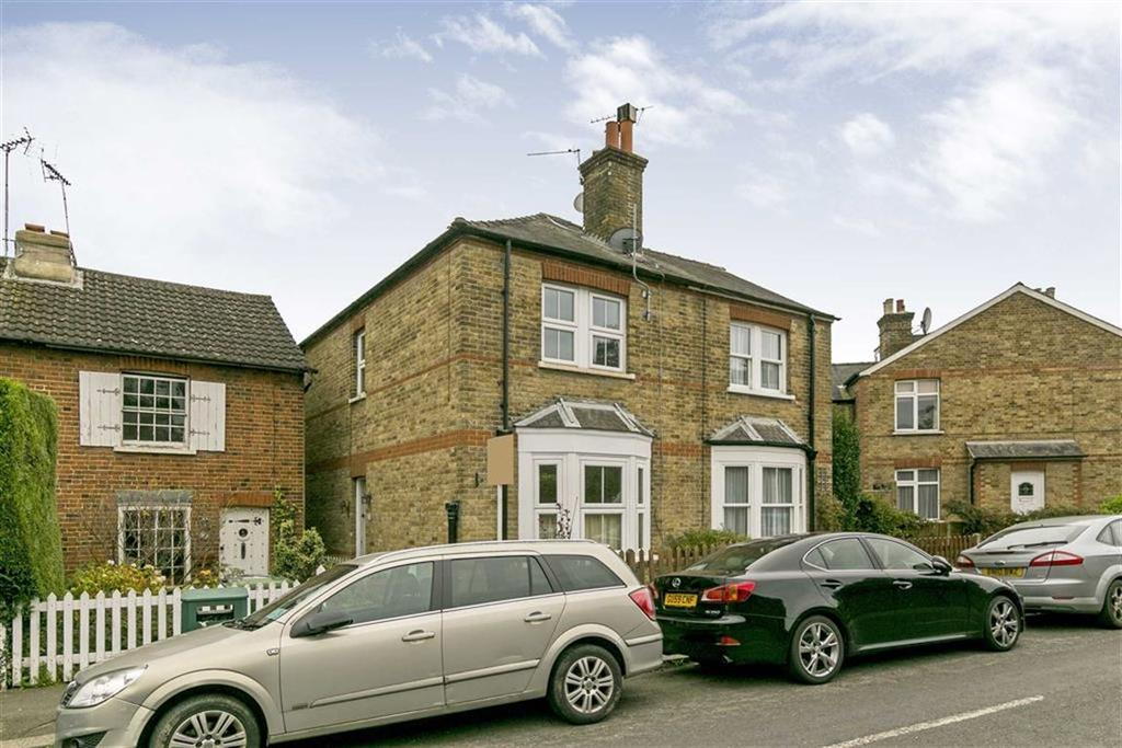 2 Bedrooms Semi Detached House for sale in Church Road, Epsom, Surrey
