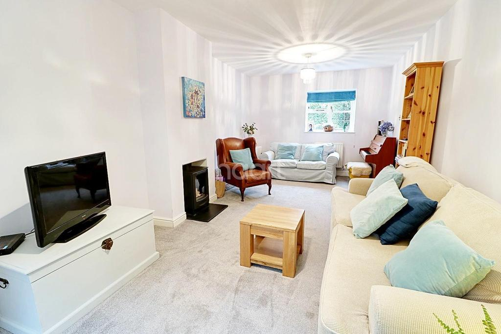 4 Bedrooms Detached House for sale in Marley Lane, Haslemere, Surrey