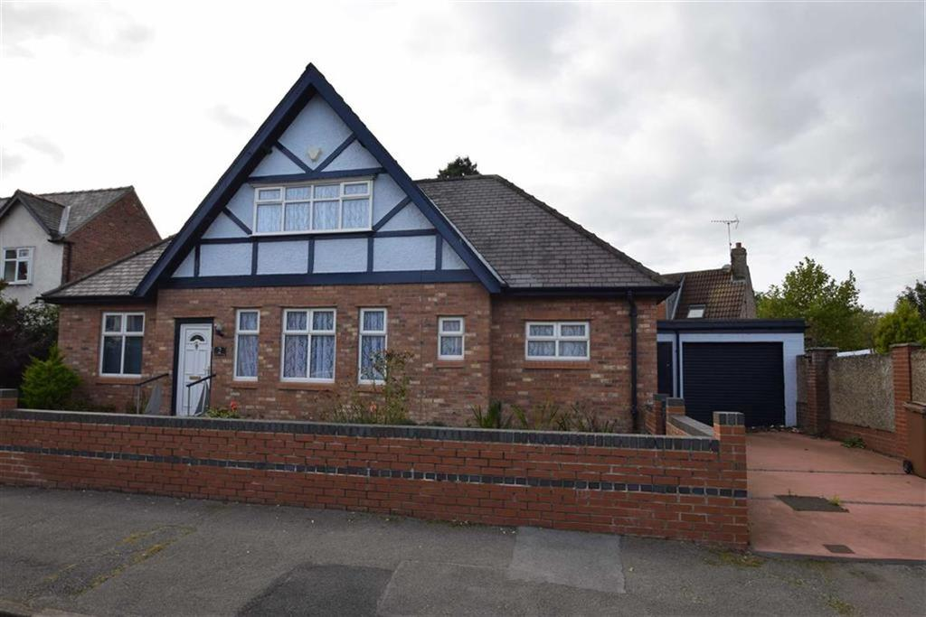 3 Bedrooms Detached Bungalow for sale in St James Road, Bridlington, East Yorkshire, YO15