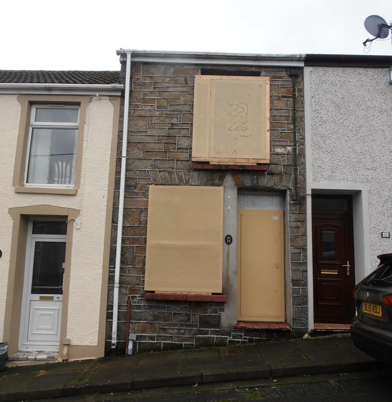 1 Bedroom Terraced House for sale in Clive Street, Trecynon, Aberdare