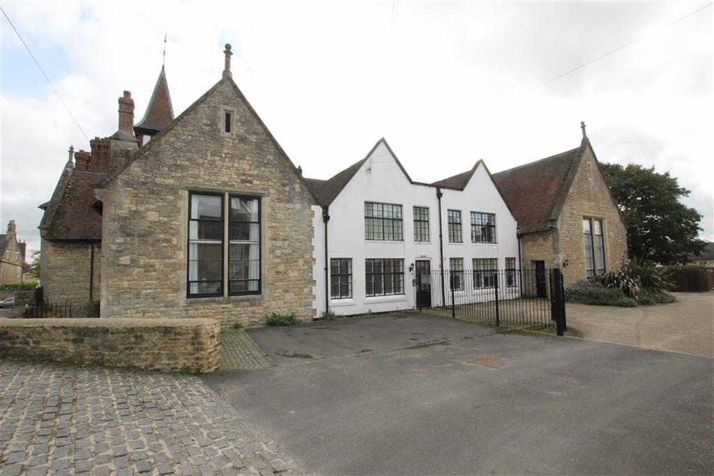 2 Bedrooms Apartment Flat for sale in Apartment 8, The Bell Tower, Hill Street, Brackley