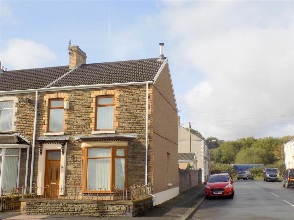 3 Bedrooms House for sale in Cwrt Sart, Neath