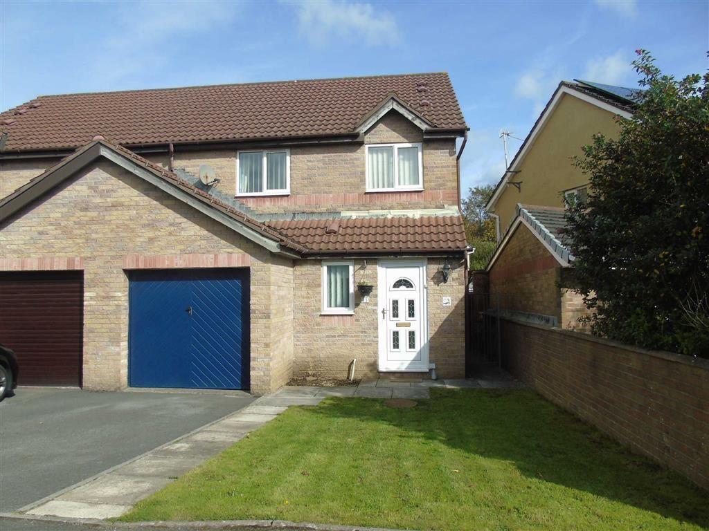 3 Bedrooms Semi Detached House for sale in Llwyncyfarthwch, Coedcae, Llanelli