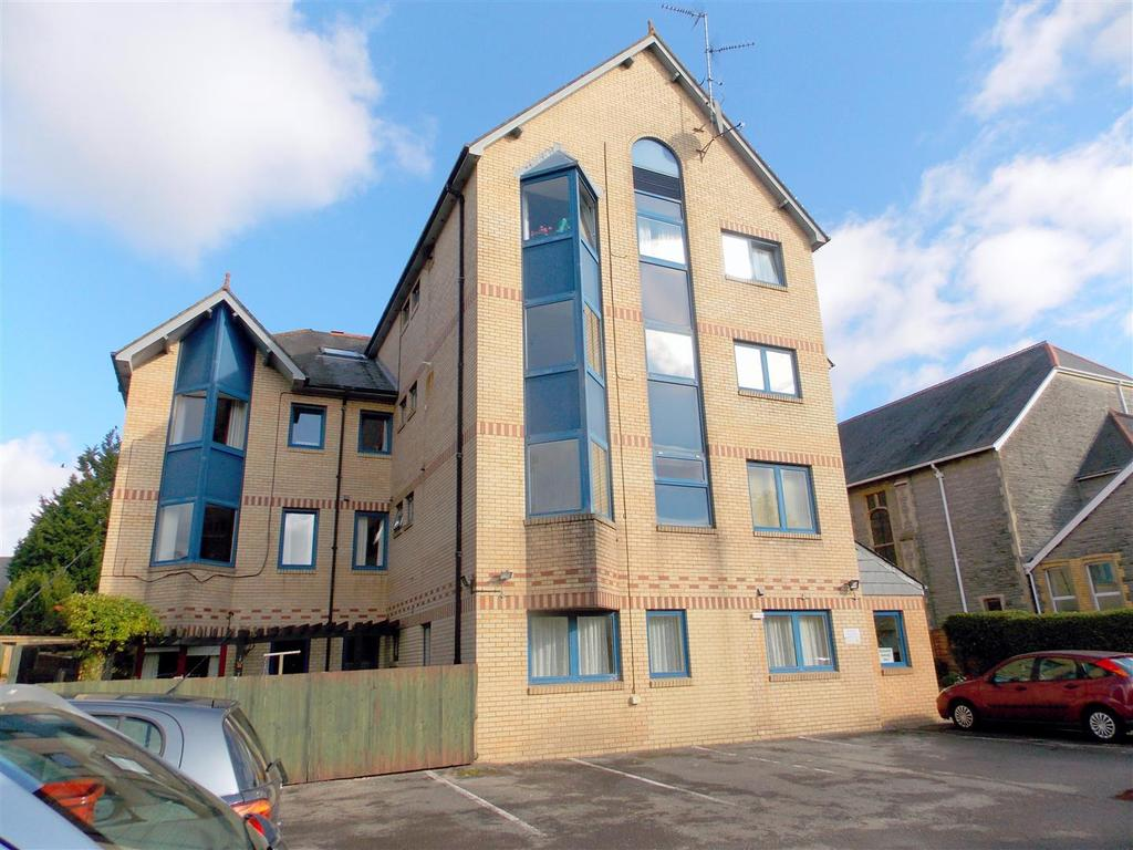 1 Bedroom Retirement Property for sale in Penarth House, Stanwell Road, Penarth