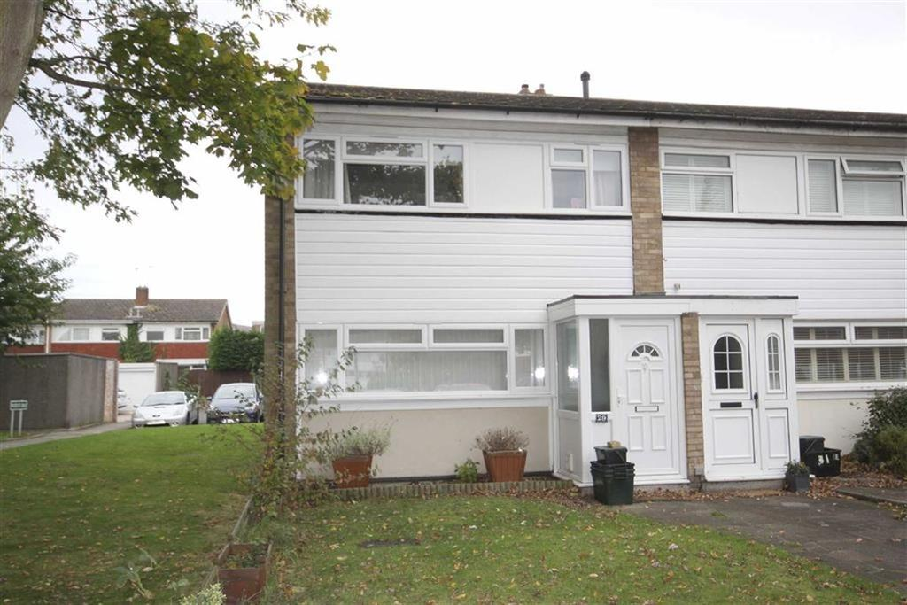 3 Bedrooms End Of Terrace House for sale in Woodcote Drive, Crofton