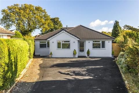 4 bedroom detached bungalow for sale - North Mead, Bramhope, Leeds, West Yorkshire