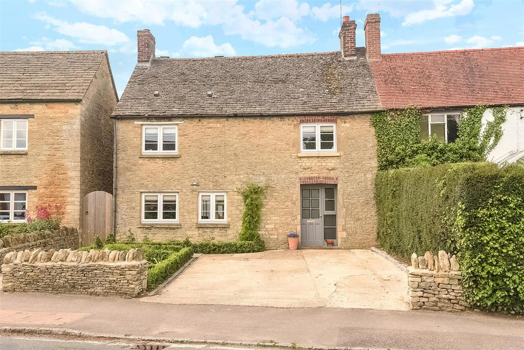 3 Bedrooms Cottage House for sale in Millwood End, Long Hanbourgh
