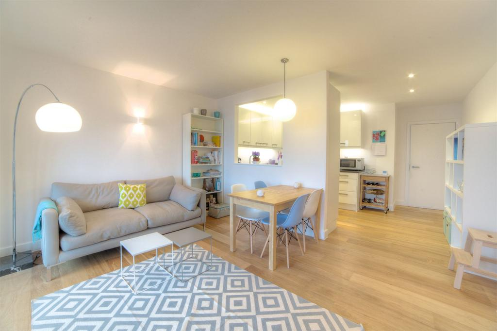 2 Bedrooms Apartment Flat for sale in Mint Street, Bethnal Green, E2