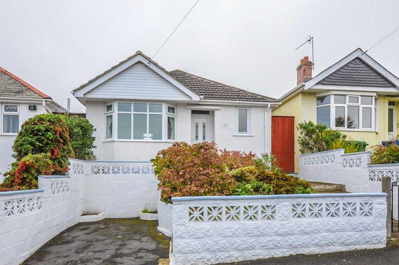 2 Bedrooms Detached Bungalow for sale in Binnie Road, Parkstone, Poole