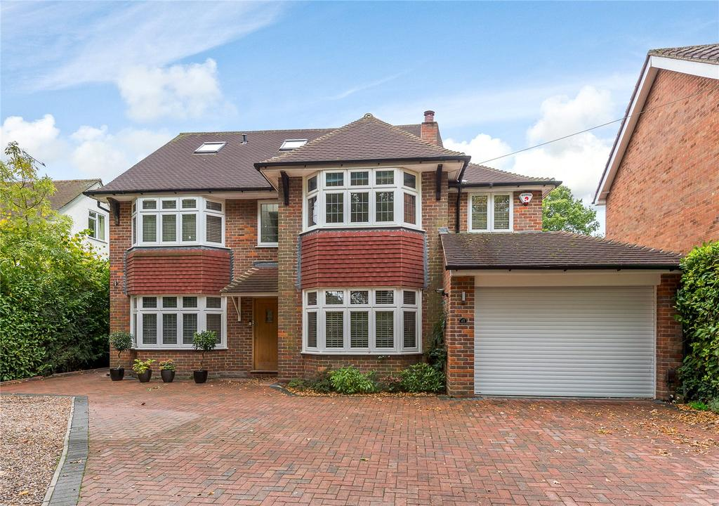 6 Bedrooms Detached House for sale in Roundwood Lane, Harpenden, Hertfordshire