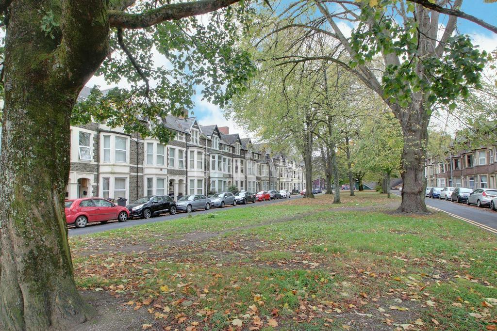 8 Bedrooms Terraced House for sale in Llanbleddian Gardens, Cathays, Cardiff