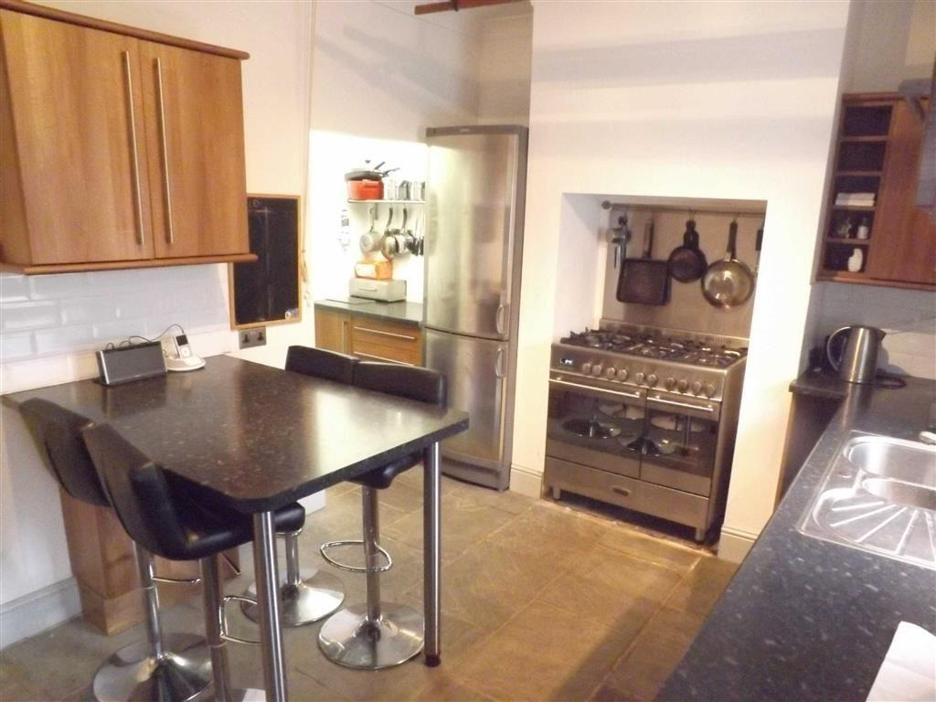2 Bedrooms Terraced House for sale in Ashworth Street, Baxenden